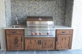 have you ever imagine having an outdoor kitchen cabinets