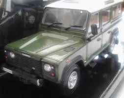 land rover corgi corgi land rover defender station wagon 1 43 scale diecast model