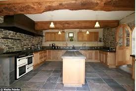 cuisine maison bois épinglé par cherry dann sur cuisine cuisine bois