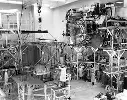 Lunar Module Interior A Close Look At The Apollo 14 Lunar Module On The Moon Page 4