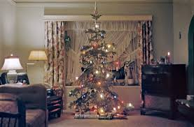 1960 s christmas tree lights christmas tree decorating vintage style thrifty vintage kitten