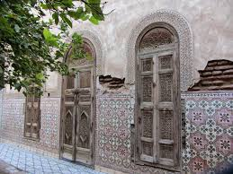 the emblematic moroccan arch find buy and renovate a riad in