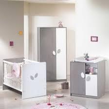 chambre bébé winnie le plus incroyable chambre winnie bebe agendart ivoire