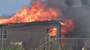 Wildfire Burning Near Me by Riverside Brush Fire Burns 15 Acres Destroys Home And 2 Out
