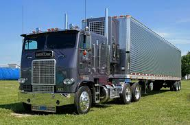 truck bumpers including freightliner volvo peterbilt kenworth before and after on freightliner paint jobs and car stuff