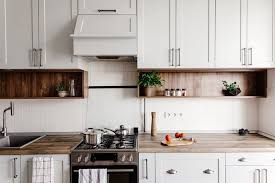 modern farmhouse kitchen cabinets white how to get the modern farmhouse look in your kitchen