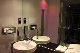 Holiday Inn London Stratford  UK   Booking com