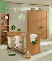 chambre bébé simple quelle décoration chambre bébé créez un intérieur magique pour