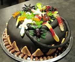 chaudron pour cuisiner cake design chaudron de la sorcière pour par titika