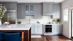 what color walls with wood cabinets painting kitchen cabinets how to paint kitchen cabinets