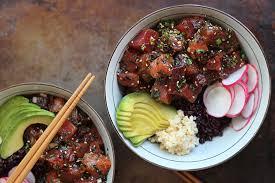 comment cuisiner le thon 10 recettes de poke bowl à essayer québec