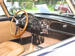 vintage aston martin interior file 1965 aston martin db5 dash jpg wikimedia commons