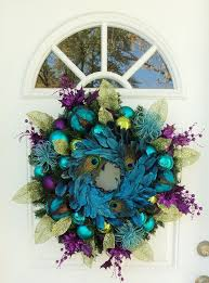 Blue Decorated Christmas Wreaths by Best 25 Peacock Christmas Decorations Ideas On Pinterest