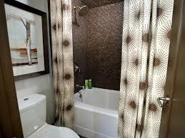 guest bathroom decorating ideas preparing your guest bathroom for weekend visitors hgtv