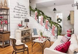 Australian House And Garden Christmas Decorations - https media1 popsugar assets com files thumbor 5