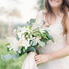 dogwood flowers best wedding flowers dogwood branches brides