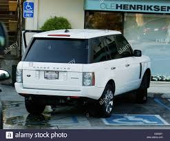land rover white singer paula abdul parked her white range rover over a disabled