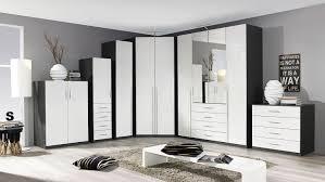 Schlafzimmerschrank Mit Eckschrank Elan Schrank In Weiß Hochglanz Und Graphit