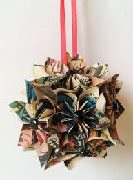 Christmas Book Ornaments - 91 best christmas book decor and crafts images on pinterest