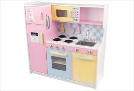 cuisine jouet cuisine en bois jouet grande cuisine aux couleurs pastel kidkraft