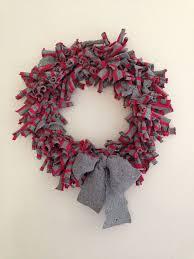 easy sweater wreath hometalk