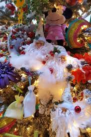 Christmas Decorations In Las Vegas Christmas Decorations Art Of Flowers Lv