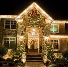 Christmas Outside Wall Decorations by Simple Christmas Light Ideas Outdoor Decor 18 Photos Of The