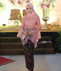 model baju kebaya muslim kebaya pesta kebaya pesta muslim berbahan tile dan satin warna