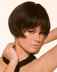 very very short bob hair short bob haircut very short bob with points that curl in from the