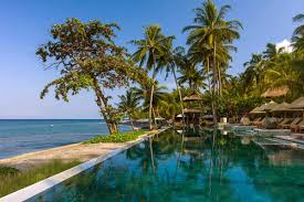 75 meters of beachfront swimming for holiday stays in senggigi lombok