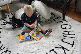 Boys Rug Friday Favorites Starts With A Solution To Light Rugs Nesting