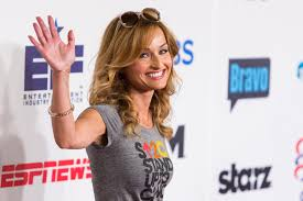 barefoot contessa show cancelled giada de laurentiis is officially divorced and owes ex husband