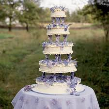 wedding cakes images martha stewart wedding cakes from the 90s popsugar food