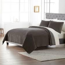 goods for life solid velvet quilt