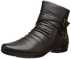 womens boots size 9 5 narrow amazon com naturalizer s cycle boot ankle bootie