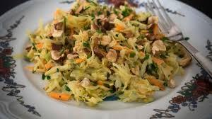 cuisiner choucroute crue salade de choucroute crue et carottes façon coleslaw je vais vous