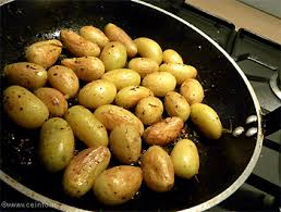 comment cuisiner les pommes de terre de noirmoutier pommes de terre grenaille sautées à la poêle recettes à base de