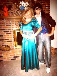 Halloween Prom Queen Costume 15 Hilarious Couples Costumes 80s Prom Prom Queens Prom