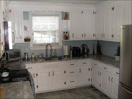 kitchen pictures of white high gloss kitchens grey and white