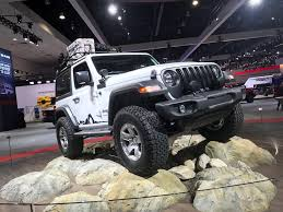 modified white jeep wrangler mopar modified 2018 jeep wrangler sport at the 2017 la auto show