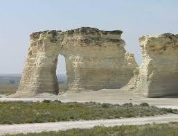 Kansas Travel Wiki images Monument rocks the chalk pyramids kansas JPG
