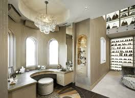 Walk In Closet Designs For A Master Bedroom 25 Luxury Closets For The Master Bedroom Home Decor Ideas