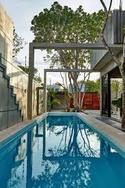Ein Haus Geometrische Formen Und Leuchtende Farben Im Interior
