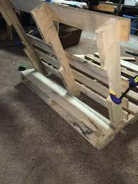 How To Make Swing Bed by How To Make Pallet Hanging Lounge Swing Craftspiration Handimania