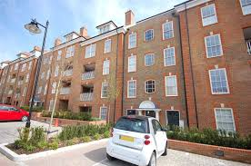 2 bedroom flat for sale in lantana court ashridge close finchley
