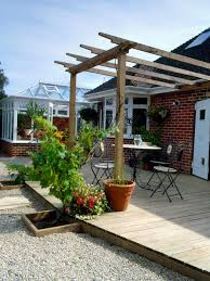 how to build a wall leaning pergola how tos diy