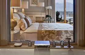 chambre rivage hôtel beau rivage palace chambre supérieure vue lac alpes