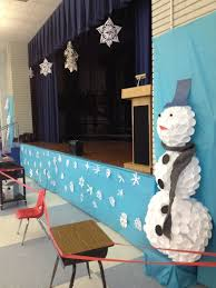 Decoration Christmas Stage by Holiday Music Concert And Classroom Decor Big Chill Decorating