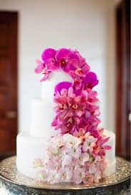 pantone color of the year 2014 radiant orchid wedding ideas and