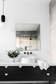 Black And Silver Bathroom Ideas by Best 25 Black White Bathrooms Ideas On Pinterest Classic Style